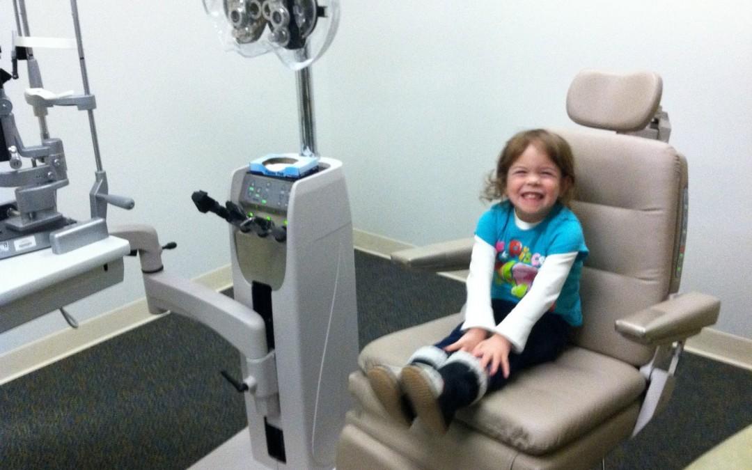 La primera revisión oftalmológica de tu hijo