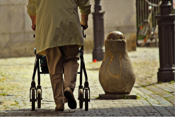 Mejora la calidad de vida de las personas mayores con fisioterapia